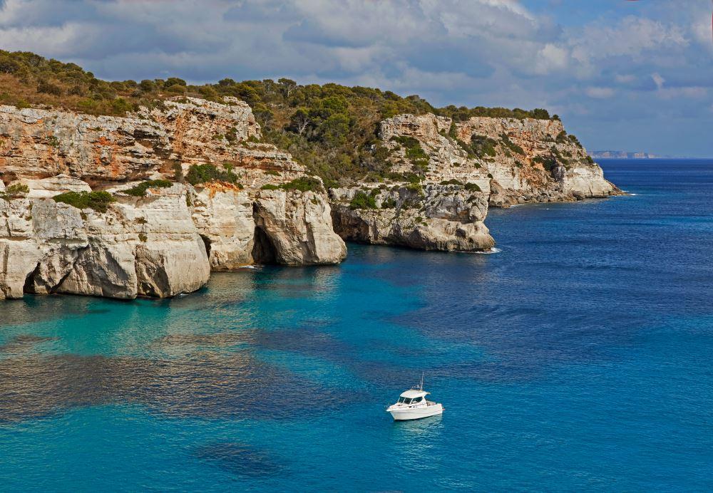 Excursión en barco a Menorca
