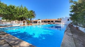 Lujosa villa con acceso directo al mar en Menorca en venta