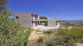 Bonita propiedad contemporánea en venta en Coves Noves