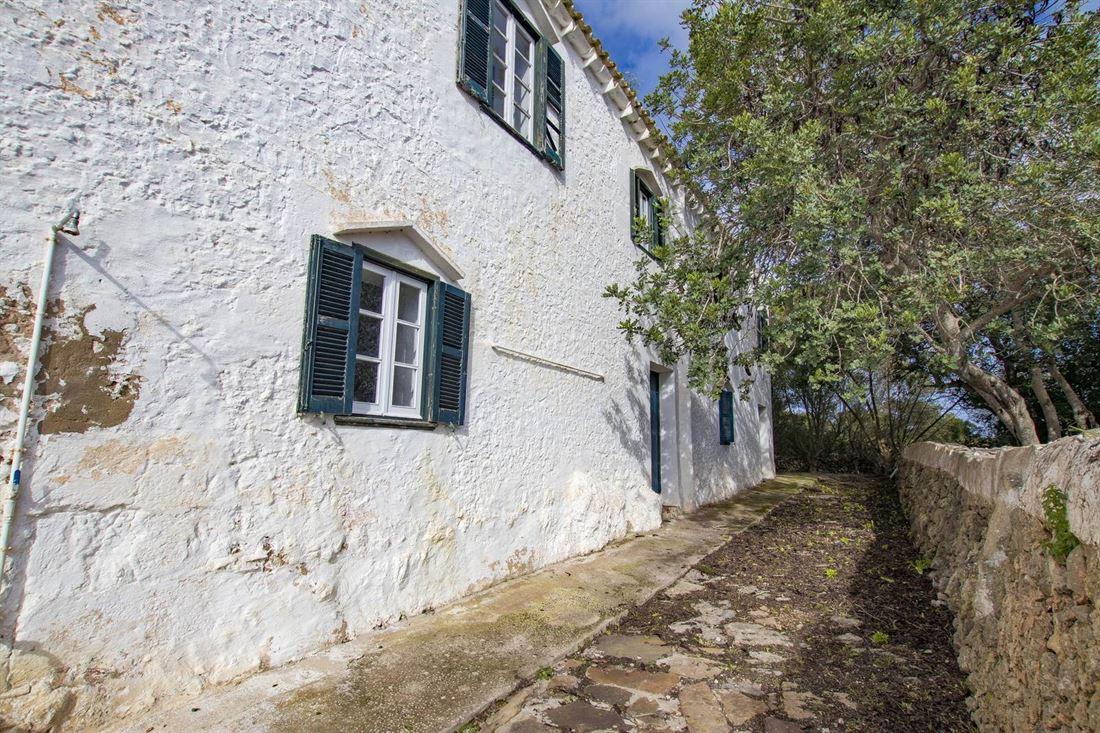Casa real rústica del año 1789 en venta