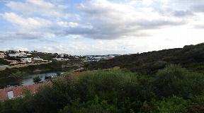 Bonita parcela en segunda línea del mar en Mahón en Menorca