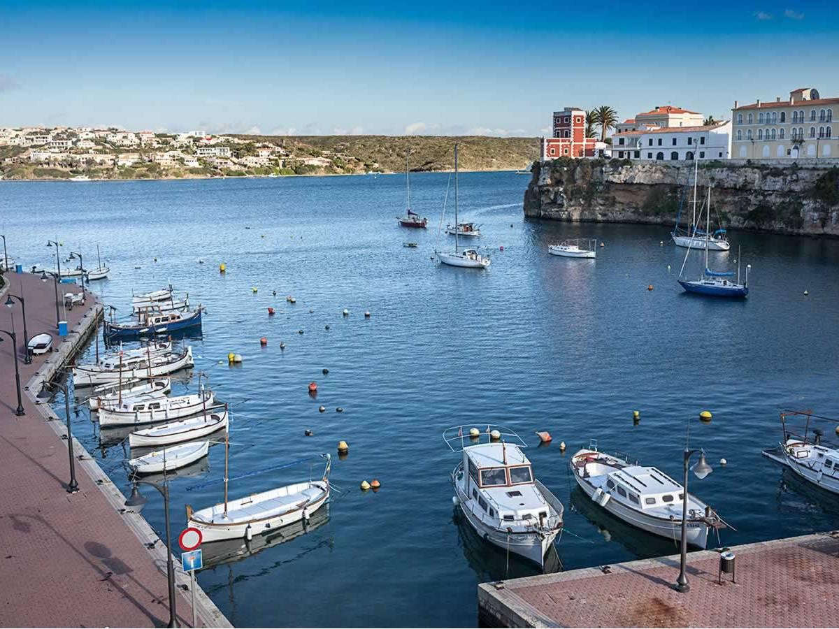 Primera línea terrestre al mar para Inversores en Menorca