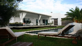 Chalet moderno con 238 en Menorca - Binibeca