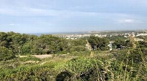 Terreno en Coves Noves en Menorca con vistas al mar en venta
