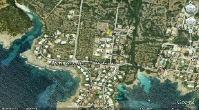 Interesante solar con vista directa al mar en Menorca