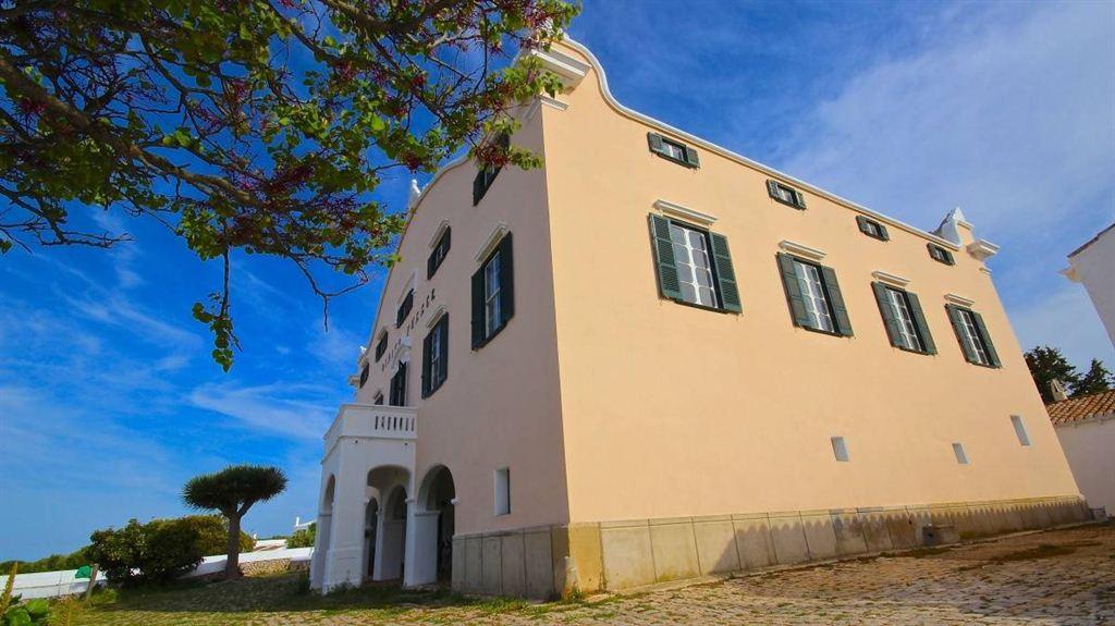 Casa señorial del siglo XIX en venta en Menorca en Sant Lluís