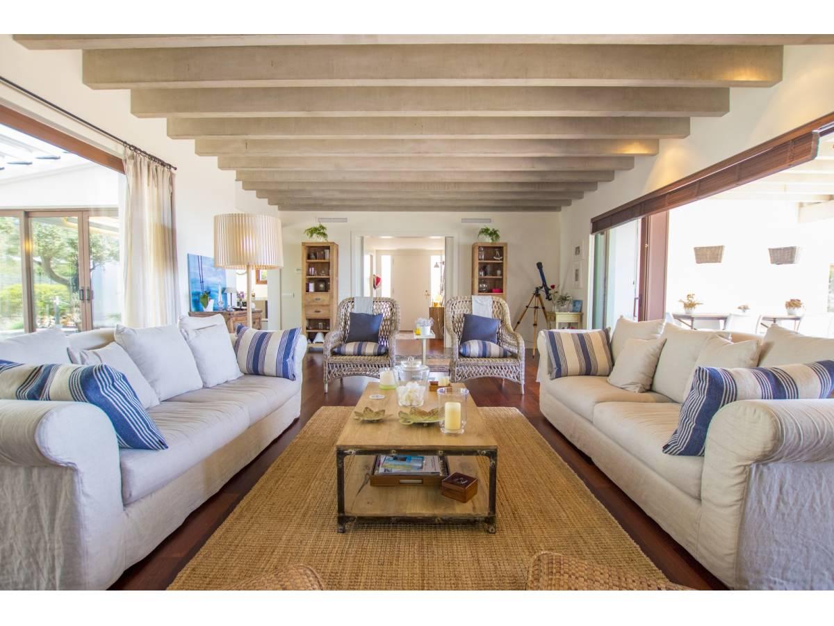 Villa natural con vistas al mar presentables de Binidali, Mahon, Menorca a la venta