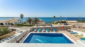 Se vende magnífica villa con vistas al mar en Son Ganxo