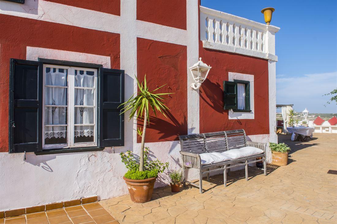 Preciosa casa de campo / hotel cerca de Es Castell con vistas al mar y mucho encanto - comprar